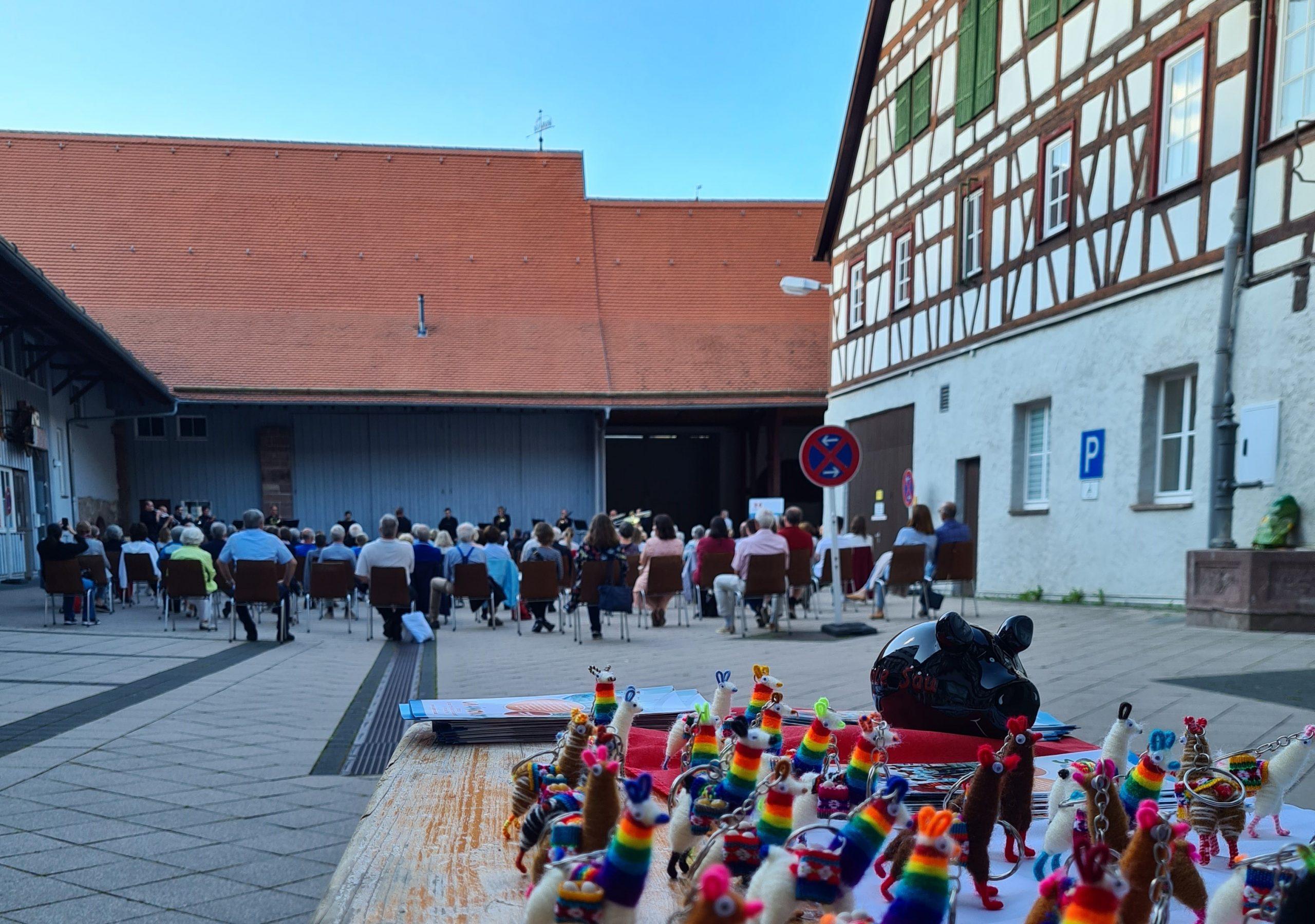 Daimler-Blasorchester für Unámonos und den guten Zweck